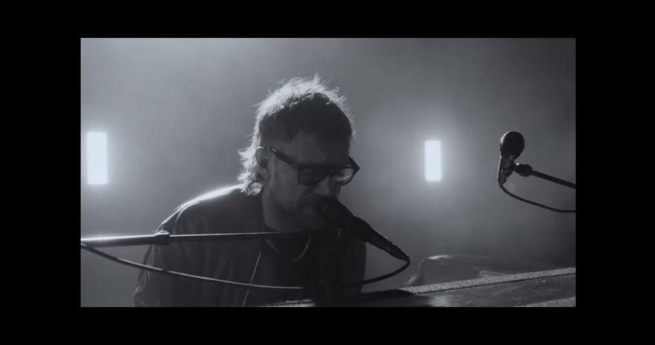 """Damon Albarn libera vídeo de seu novo single solo: """"Polaris"""""""