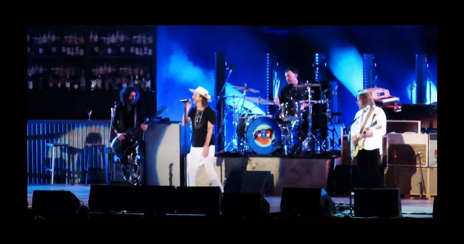 The Black Crowes lota arena em Nashville e inicia turnê de 30 anos de seu álbum de estreia