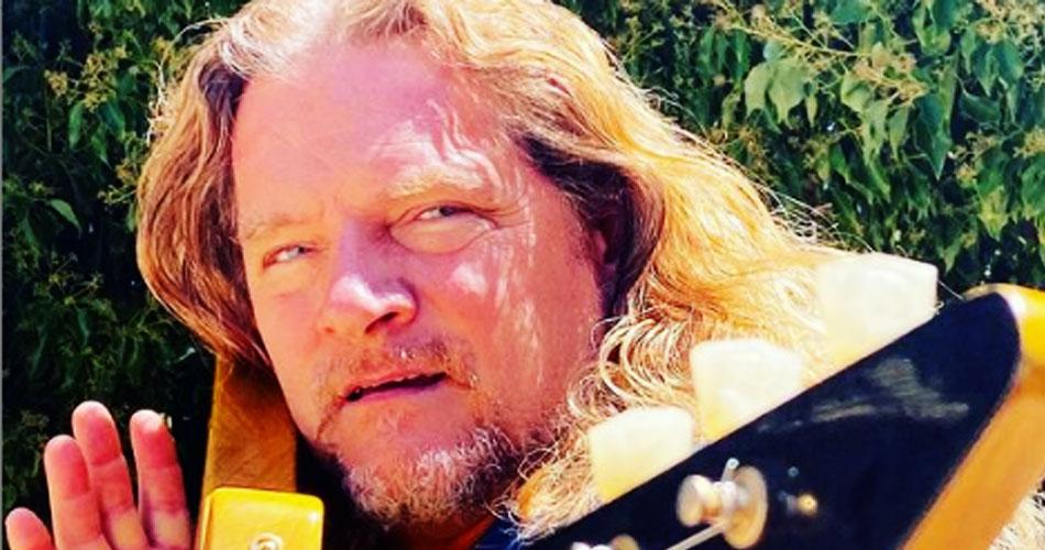 Frank Hannon, guitarrista do Tesla, testa positivo para covid-19