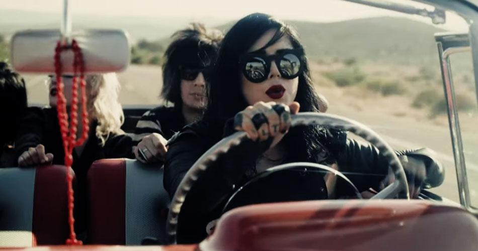 """Tatuadora Kat Von D libera videoclipe do single """"Fear You"""""""
