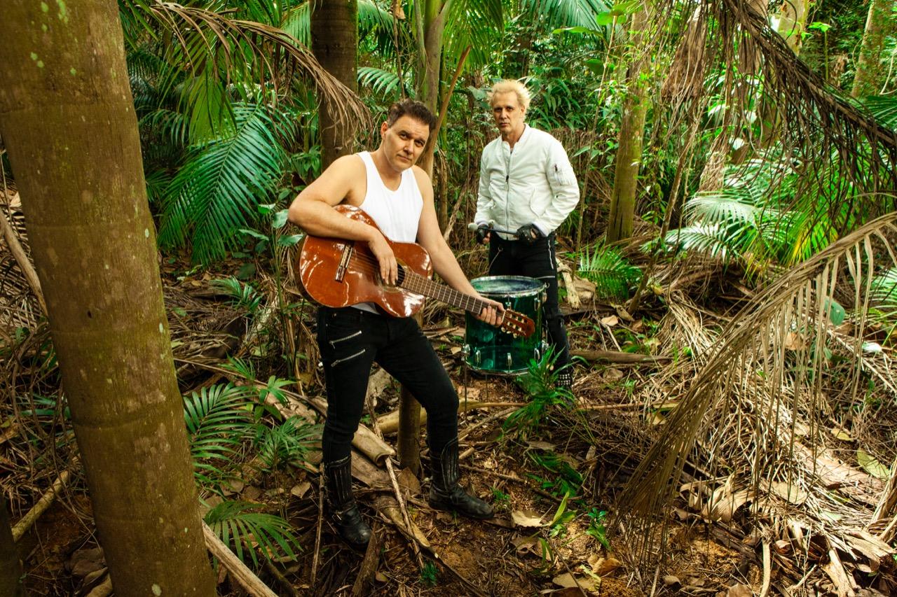"""Brothers of Brazil lança música em homenagem à Amazônia:  """"Salvem as Matas"""""""