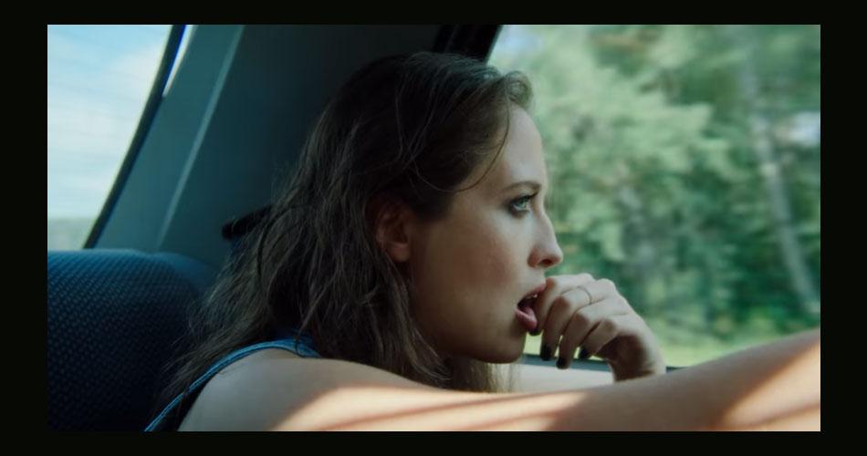 """Alice Merton está de single novo; veja clipe de """"Hero"""""""