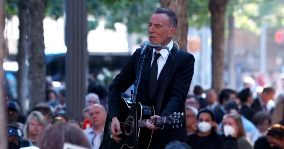 Bruce Springsteen faz apresentação em memória das vítimas do 11 de setembro